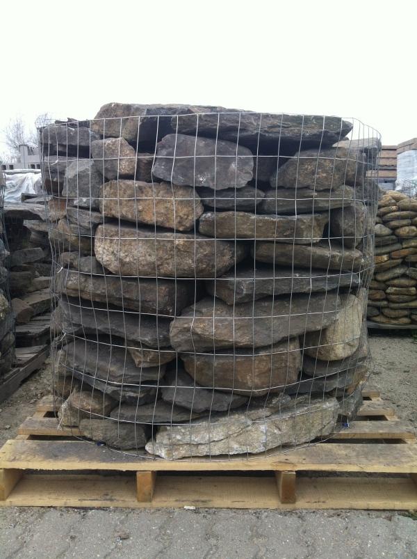 New England Fieldstone Pallet